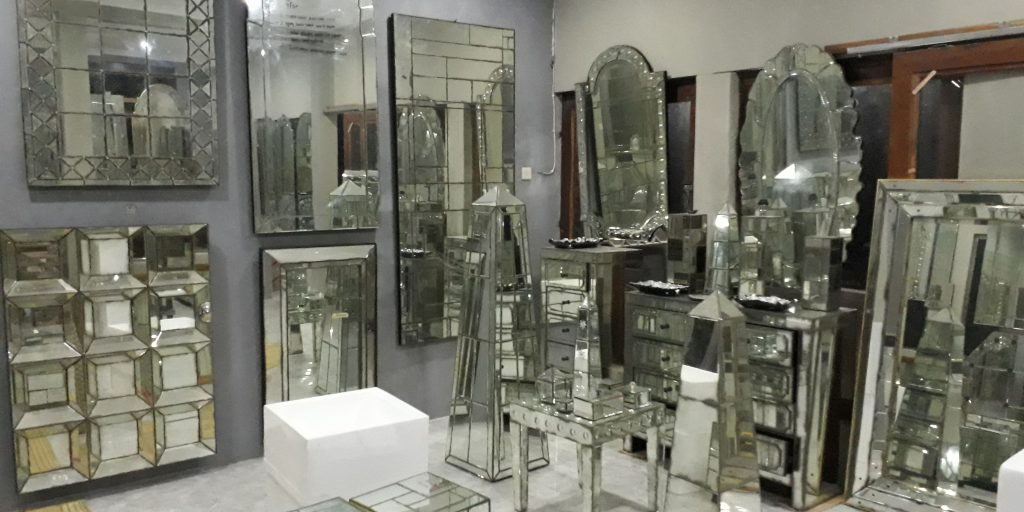How To Order Venetian Mirrors