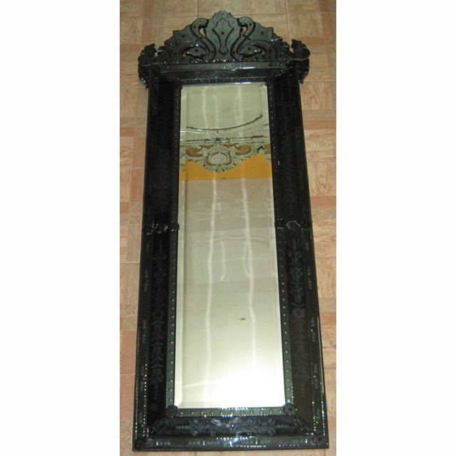Venetian mirror black mg 013023 venetian wall mirror for Black venetian mirror