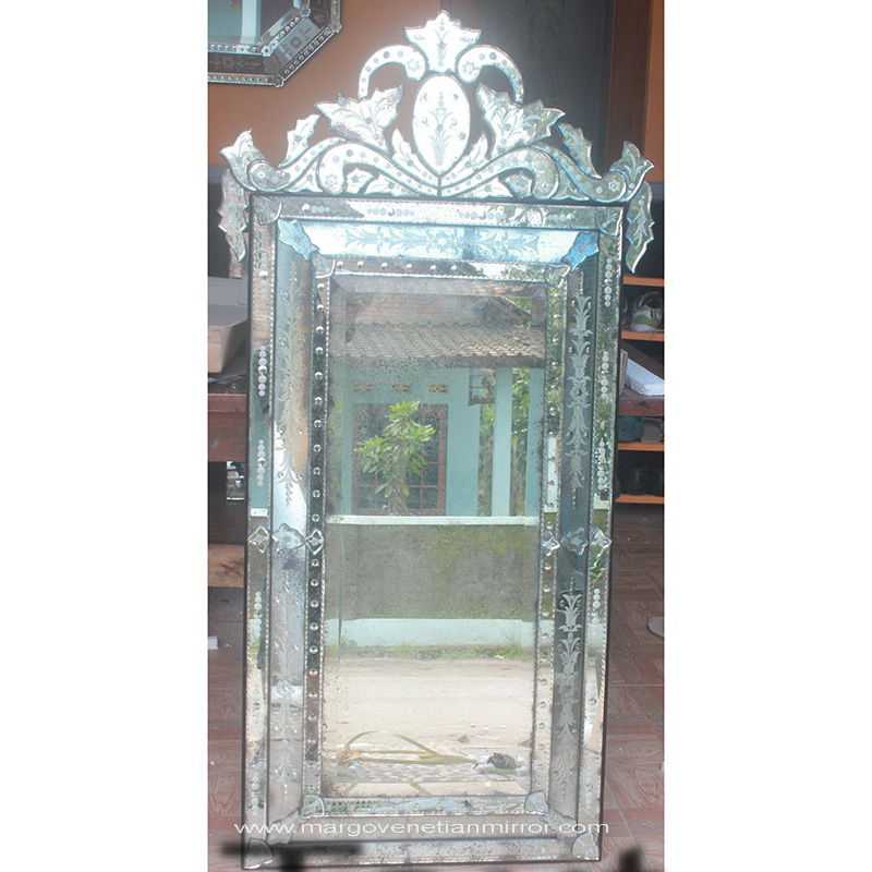 Antique mirror stone mg 014061 venetian wall mirror for Miroir 140 x 70