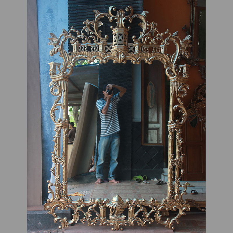 Leaner Baroque Mirror