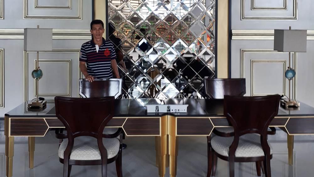 venetian mirror manufacture