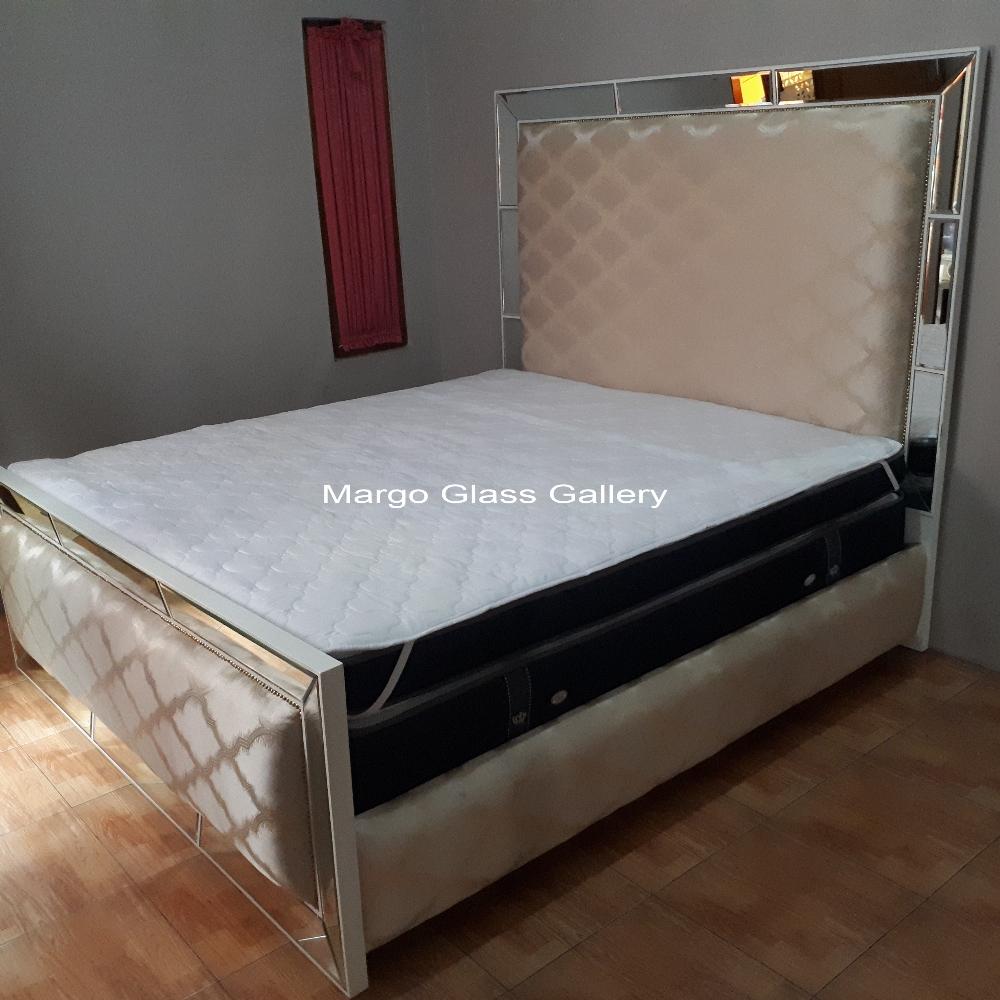Furniture Mirror Bed