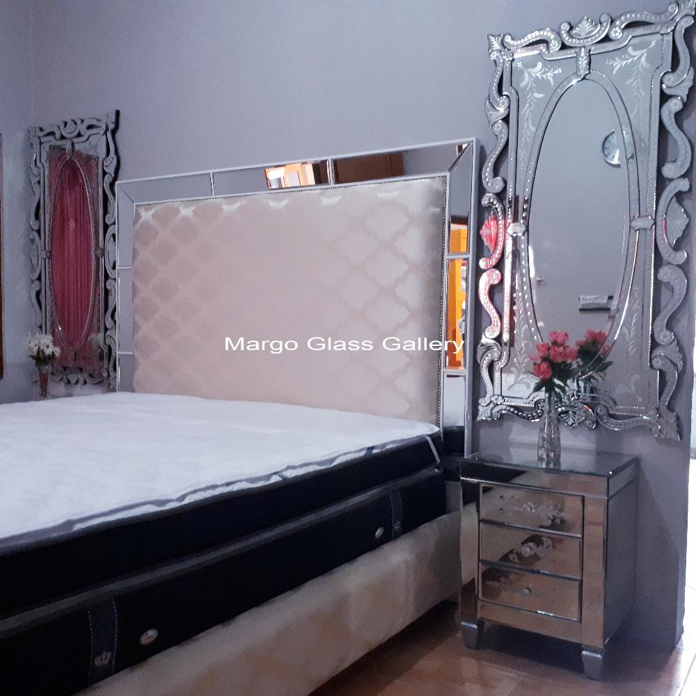 Bedroom Furniture Mirrored Set
