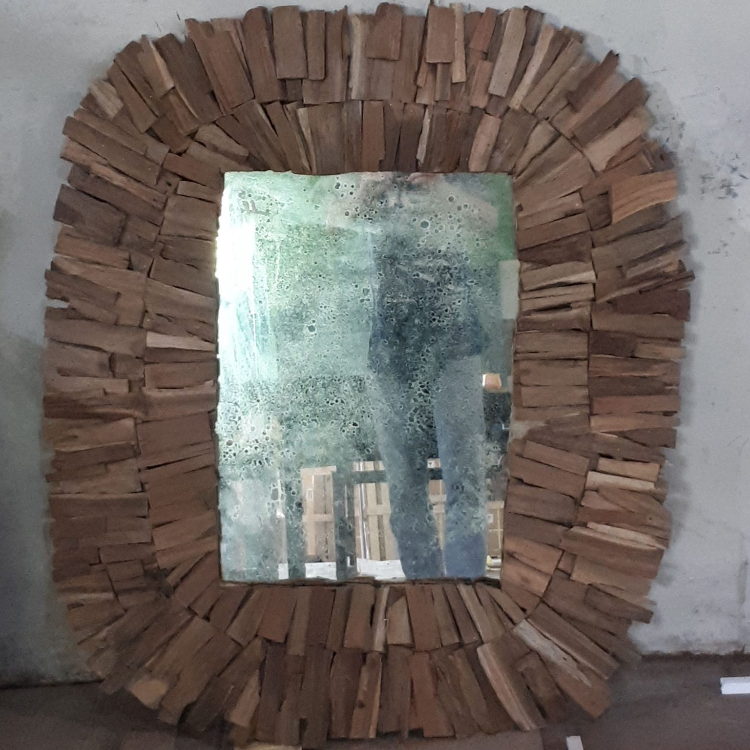 Recycle wood frame mirror