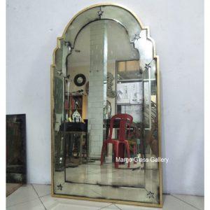 Antique Mirror Leaner Gold