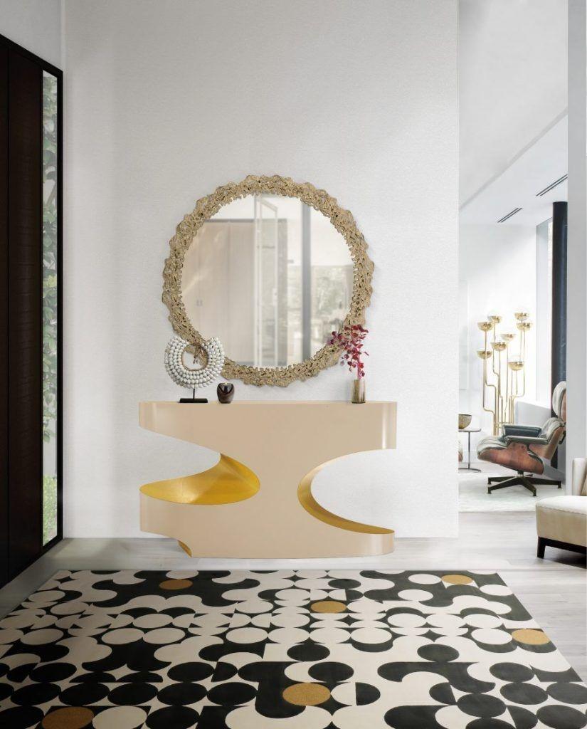Decorative venetian mirror