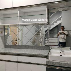 MG 065026 Wall Mirror Kichent Set
